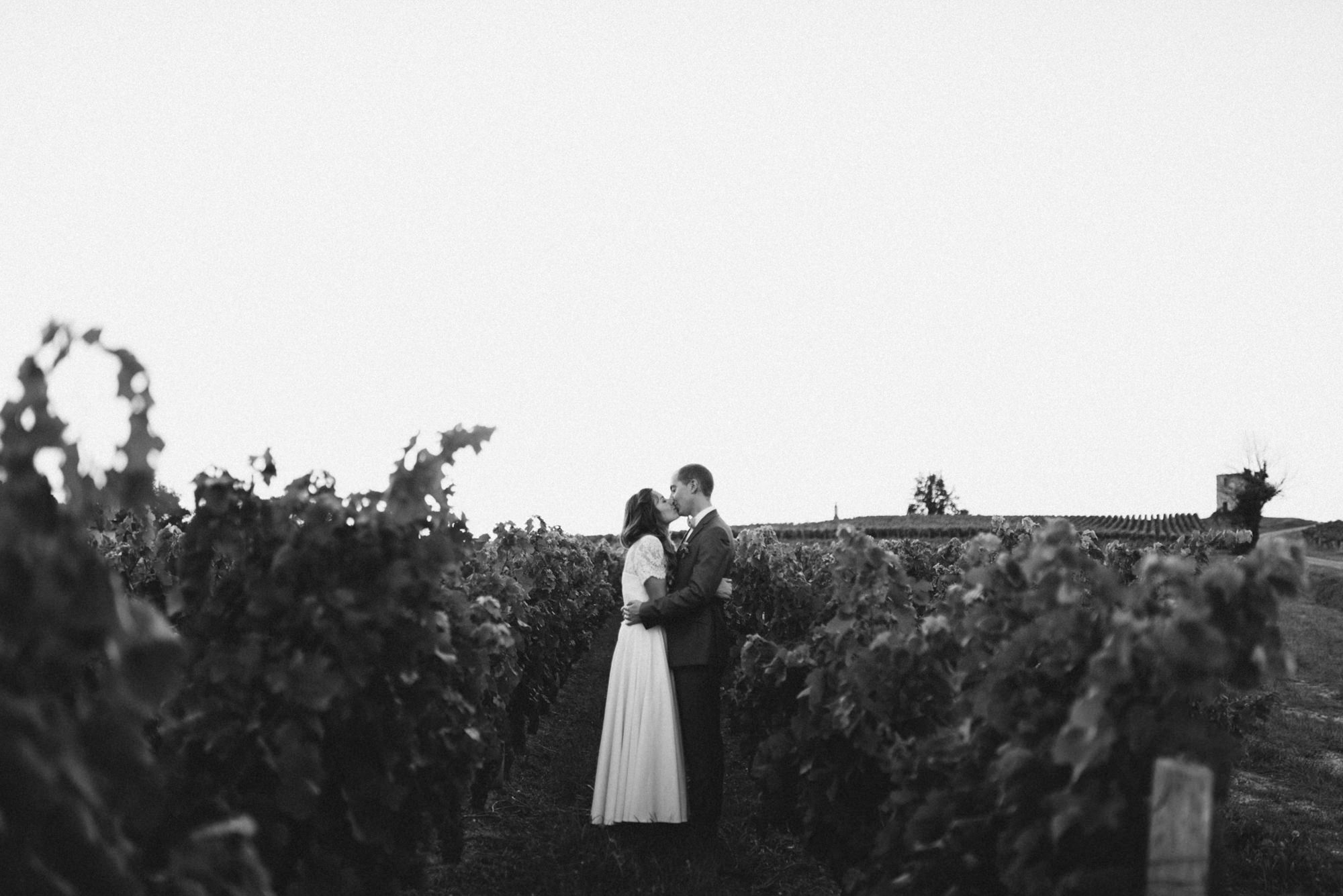 WillyBroussePhotography-wedding-vineyards-france-bordeaux-Janna-Eric-129